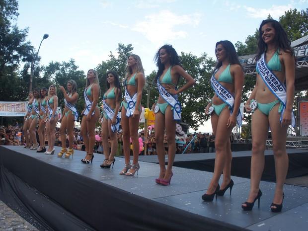No total, 11 candidatas disputaram a regional de Pelotas (Foto: Gabriela Loeblein/G1)
